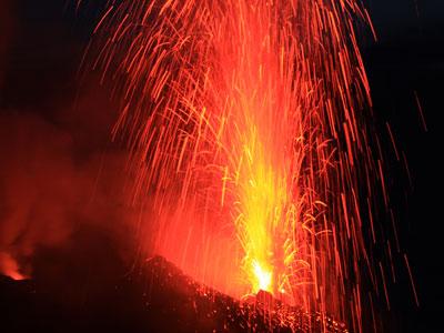 Radiografía de un volcán: ¿cómo prevenir erupciones?
